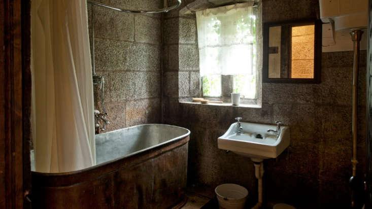 Corrour Estate bathroom Scotland