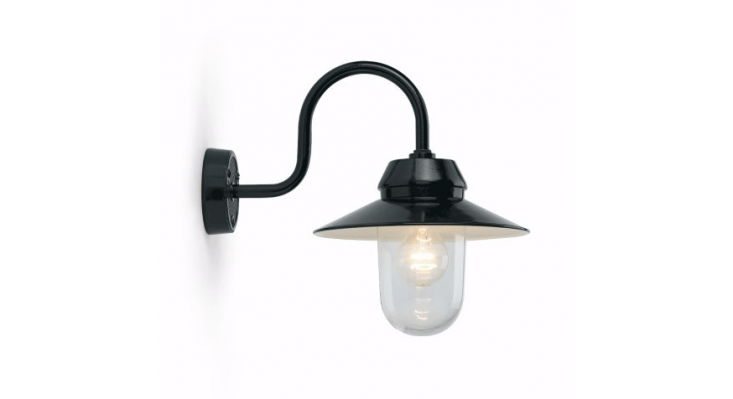 A Bolich Outdoor Light comes with a heavy cast iron socket holder, a wall mount and an arm made from black cast aluminium&#8\2\2\1;; available in black or white for €\2\10 from Manufactum.