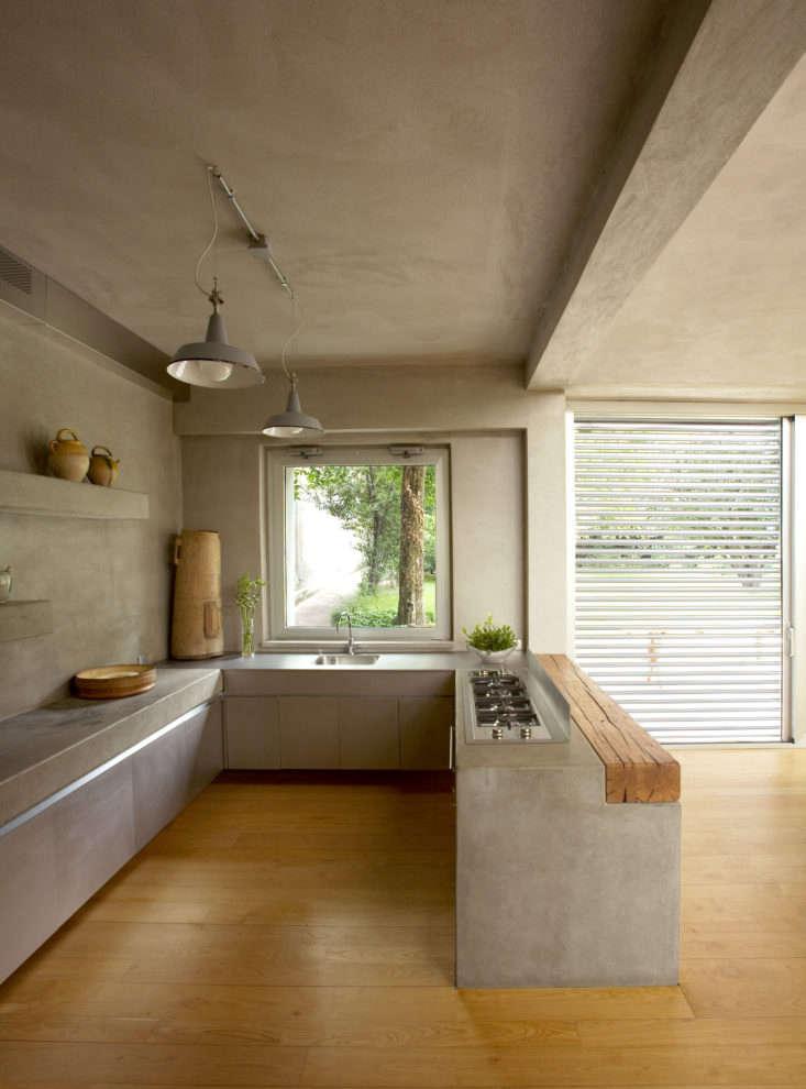 Italian architect Arturo Montanelli designed this modernist home in Lecco, near Milan