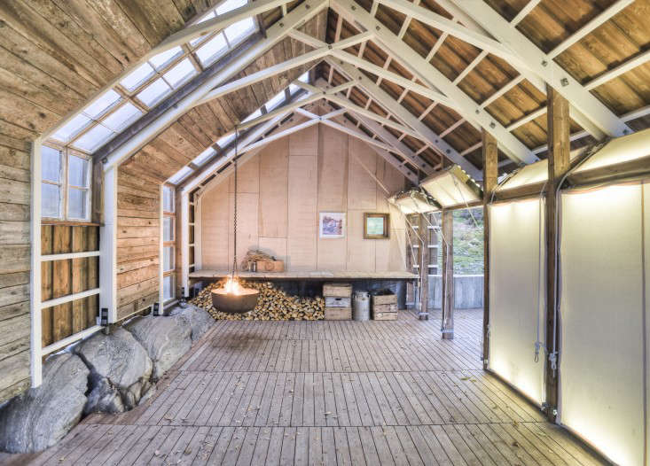 A boathouse by Norwegian firm Tyin Tegnestue