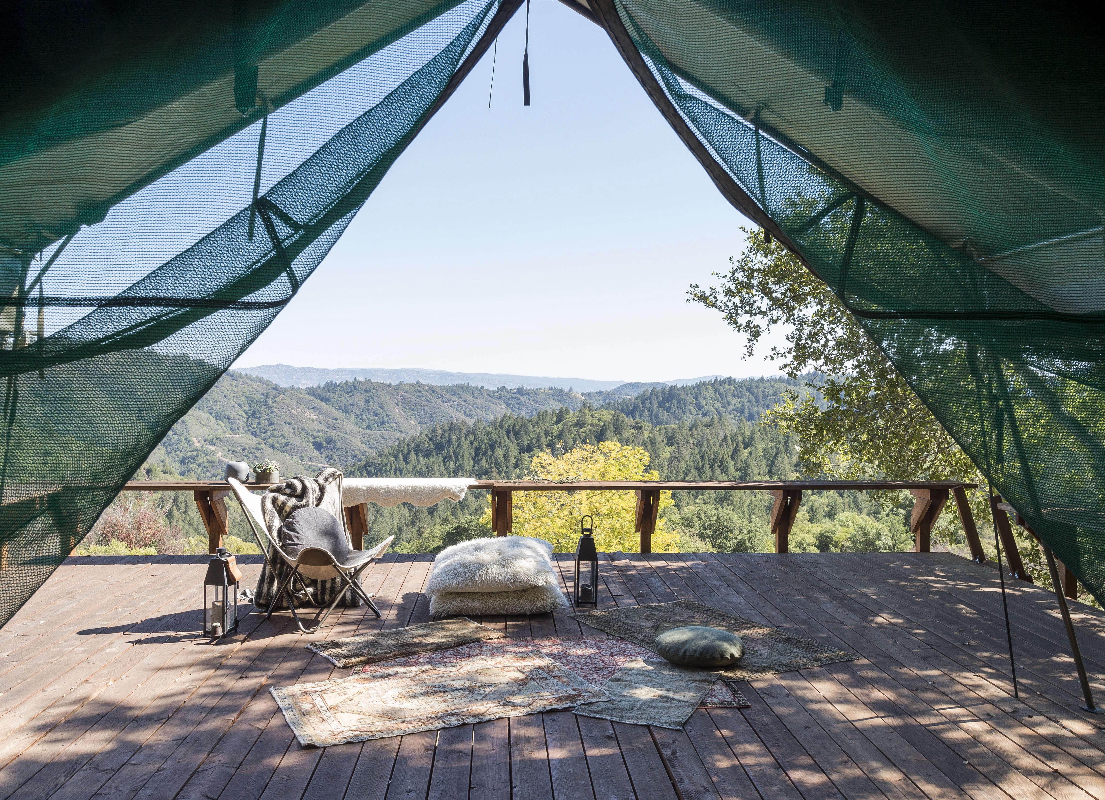 outdoor-rugs-napa-glamping-tent-matthew-williams-dsc-1842