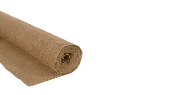 burlap-fabric-roll-garden-protection