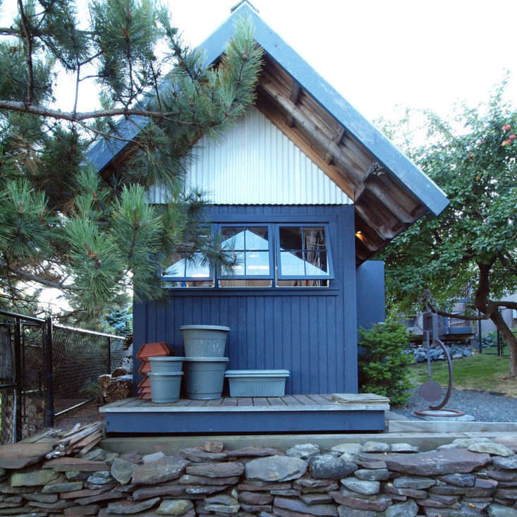 Silvercocoon designed this quaint potting shed