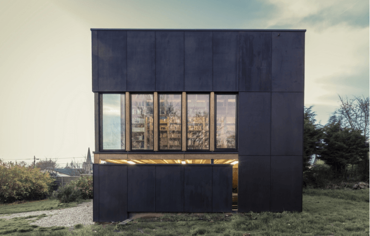 For a bookworm client, Paris-based architect Antonin Ziegler built a freestanding library annex to a country house in Senneville-sur-Fécamp on the northern coast of France. Photograph courtesy of Antonin Ziegler.