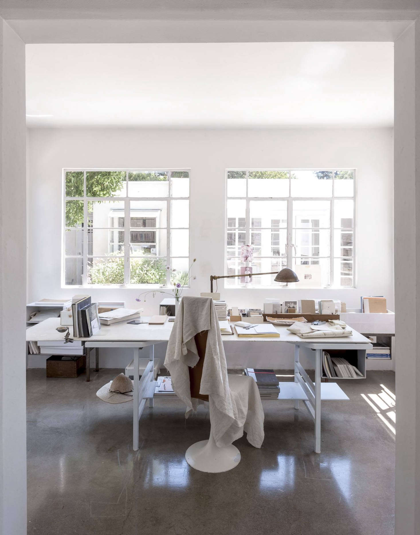 If what you want are white walls, you must check out light-filled Michaela Scherrer&#8