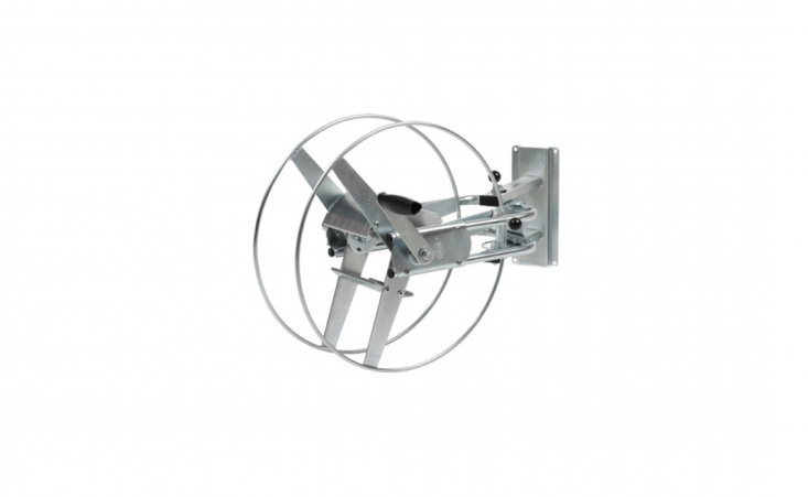 A steel Swiss-made Alba Krapf Metal Hose Reel holds a hose up to 60 meters long; £\197.95 from Amazon UK.