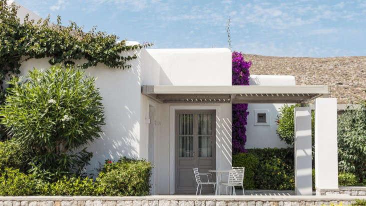 Whitewashed walls pergola Greece Anemi Hotel bougainvillea