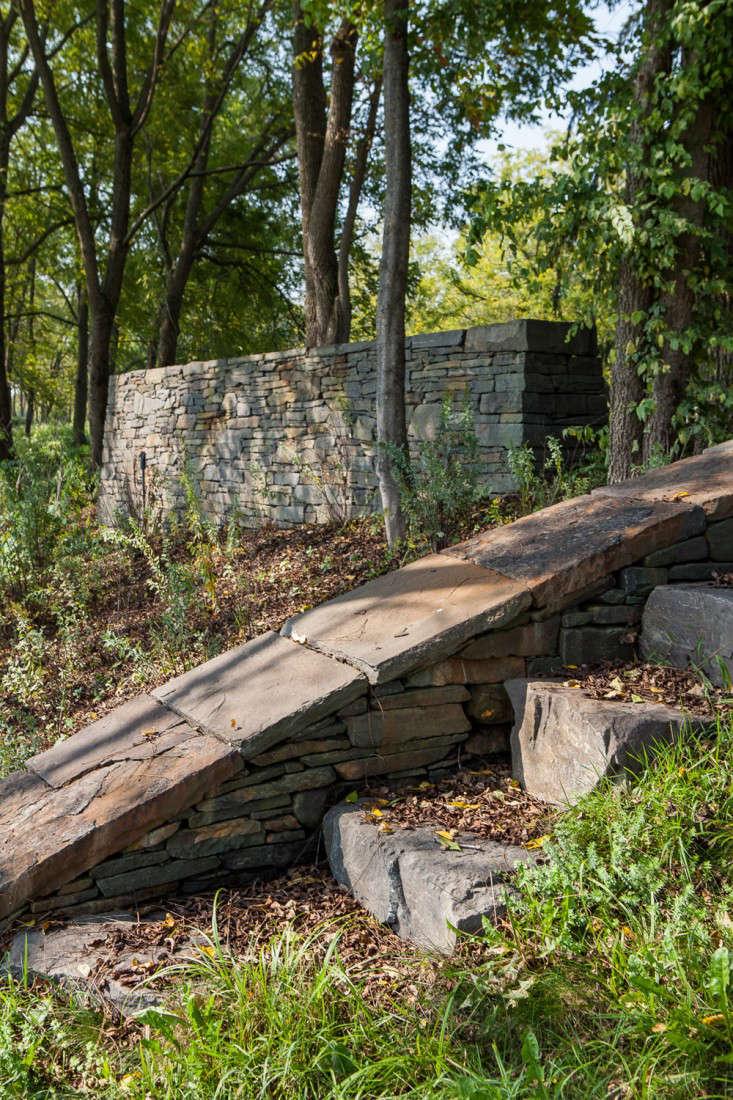 Wisniewski-retaining-walls-stone-foundations-hudson-valley