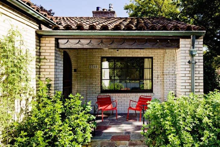 jessica-helgerson-clay-roof-tiles-gardenista