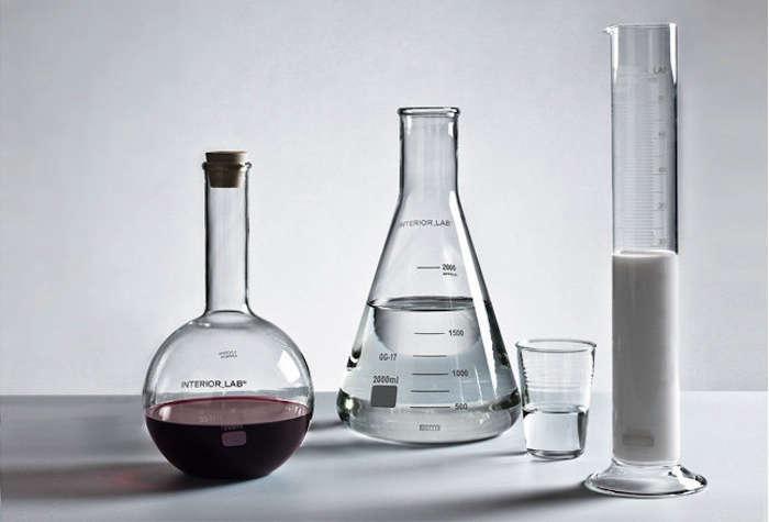 seletti-labware-beakers-flasks