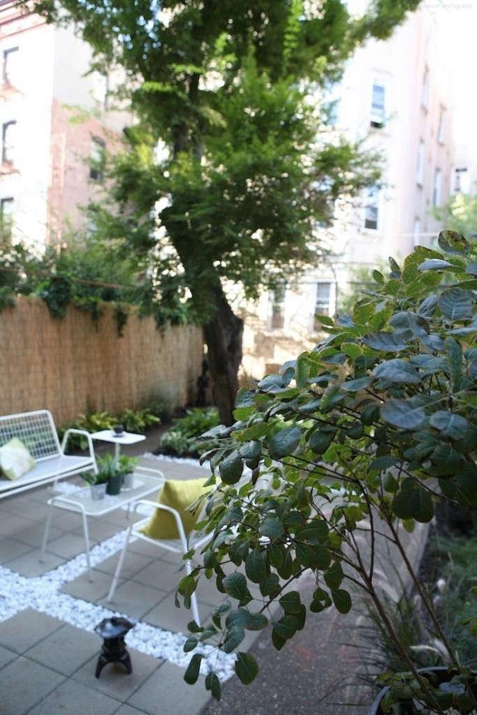 smoke-bush-wire-furniture-ishka-designs-brooklyn-gardenista-683x1024