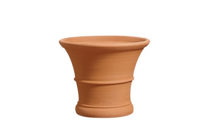 We like the traditional shape of theLemon Pot fromWhichford Pottery in Warwickshire, England. The family business produces the pot in six sizes, rangingin price from £\26.50 to £560.