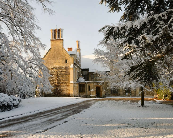 Anglesey Abbey on a snowy day in December. Photograph by Alex Brown via Flickr.