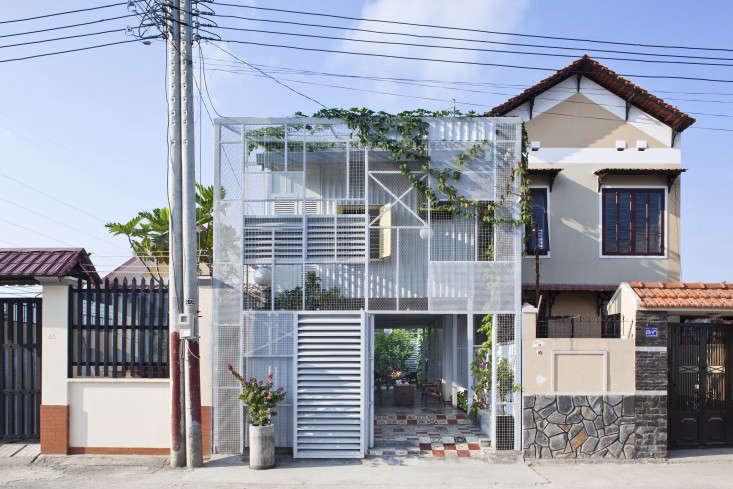 a21studio vietnam tailed courtyard garden facade