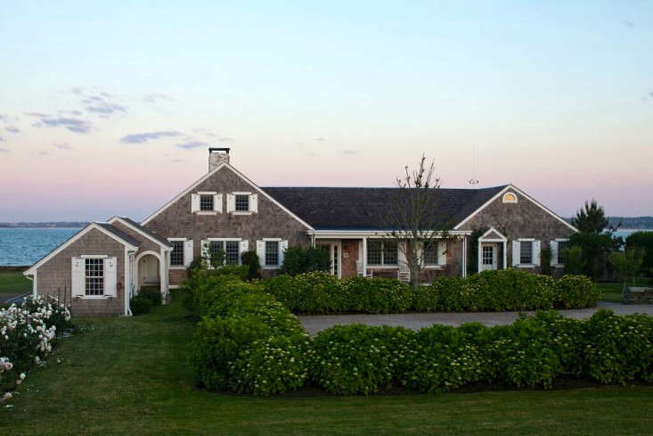 Brewster-House-Little-Compton-RI-Gardenista