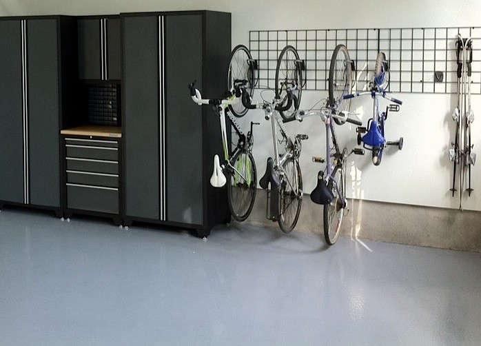 Gray-expoxy-floor-Espace-Garage-Plus-Gardensita