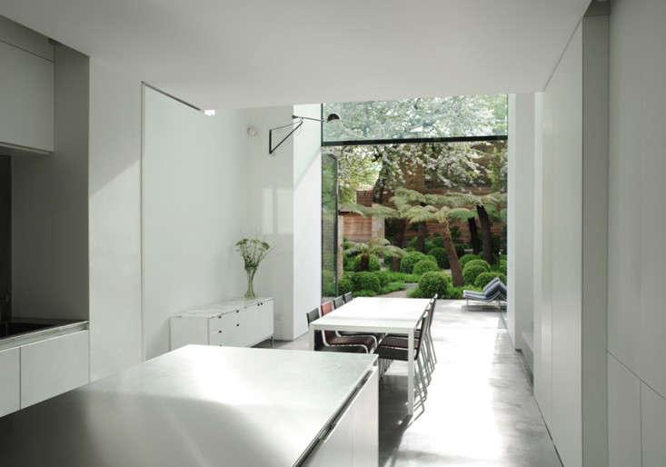 London-townhouse-garden-islington-gardenista