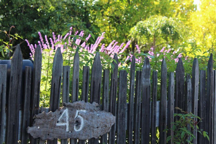 Michelle-garden-picket-fence
