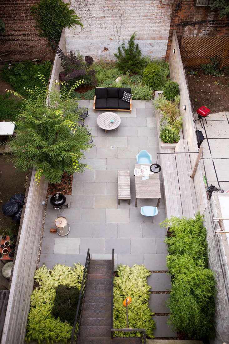 Landscaping: 8 Classic Layouts for Townhouse Gardens - Gardenista