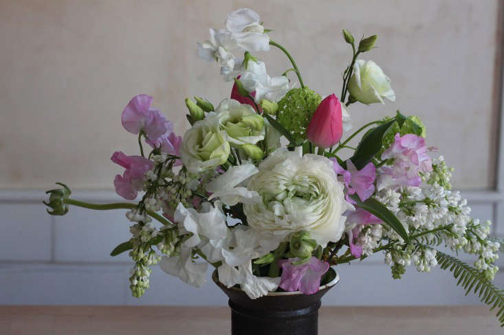 Ode-to-Spring-Bouquet-Justine-Hand-Gardenista