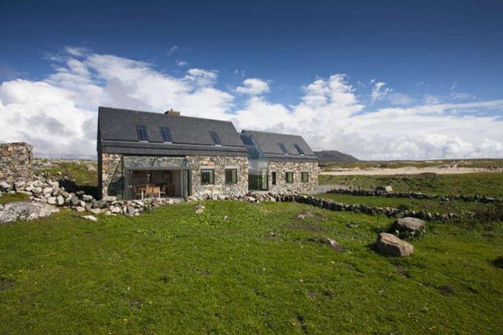 Peter-legge-connemara-galway-stone-cottages-gardenista