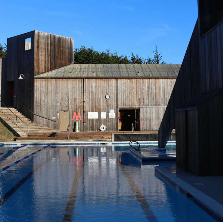 Sea-Ranch-Pool-Center-Meredith-Swinehart-Gardenista-6-hero