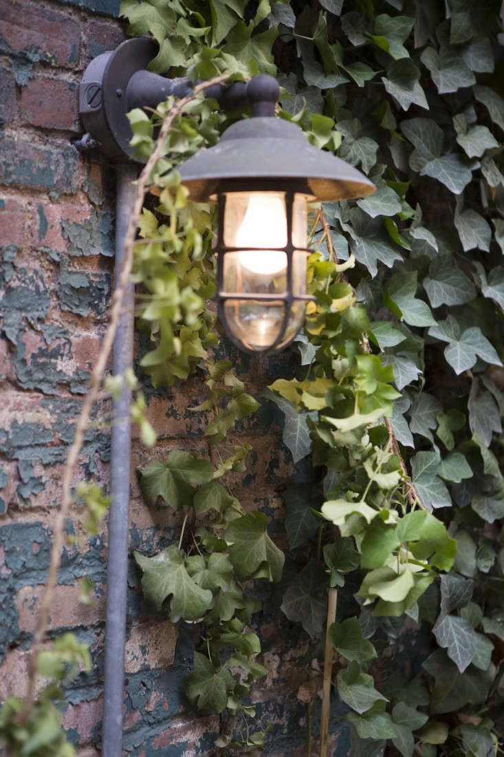 West_Village_Boules_0324_Gardenista