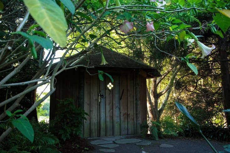 ayrlies-new-zealand-cabin-gardenista