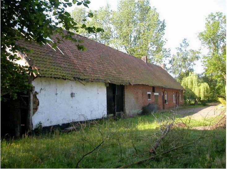 before-and-after-moka-vanille-belgian-farmhouse-gardenista-7