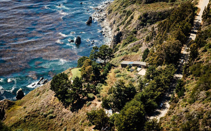 big-sur-cliffside-garden-fougeron-view-aerial-gardenista-1