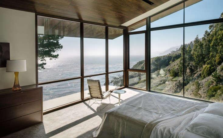 big-sur-cliffside-garden-fougeron-view-bedroom-gardenista-1
