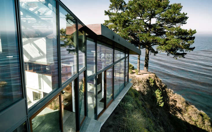 big-sur-cliffside-garden-fougeron-view-steep-drop--gardenista-1