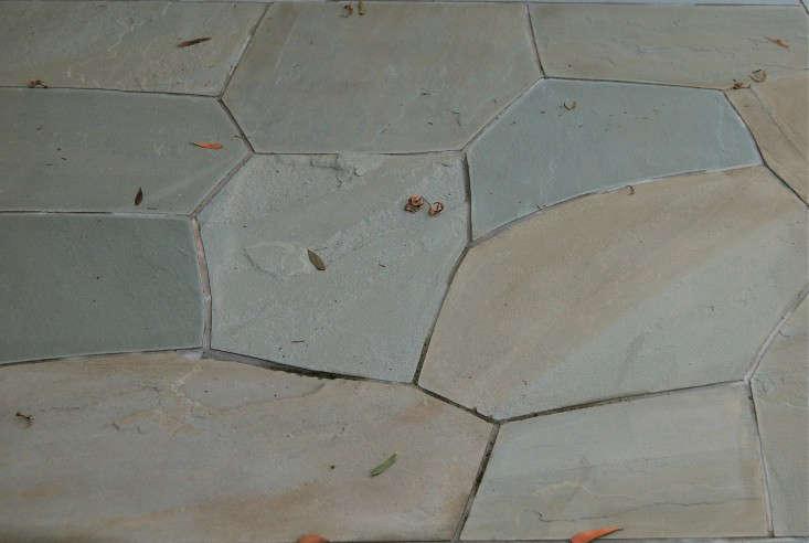 Fieldstone set in mortar. Photograph by Ellen Jenkins.