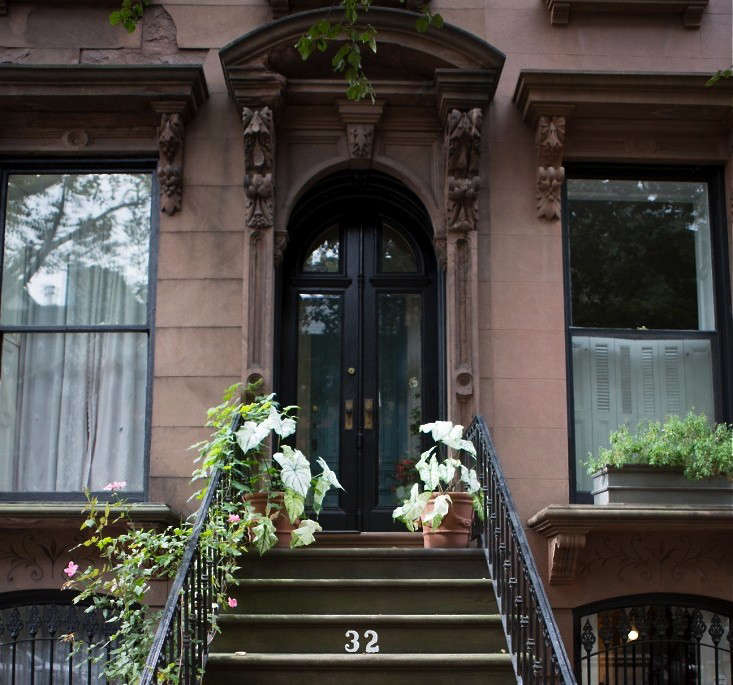 Look no further for Halloween curb appeal: see  Ideas to Steal from Brooklyn for Halloween.