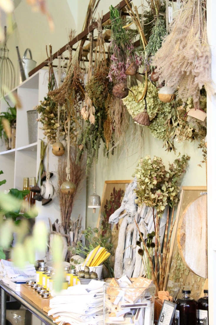 This fall, for the first time, Susanne and her team festooned the shop with dried instead of fresh flowers.