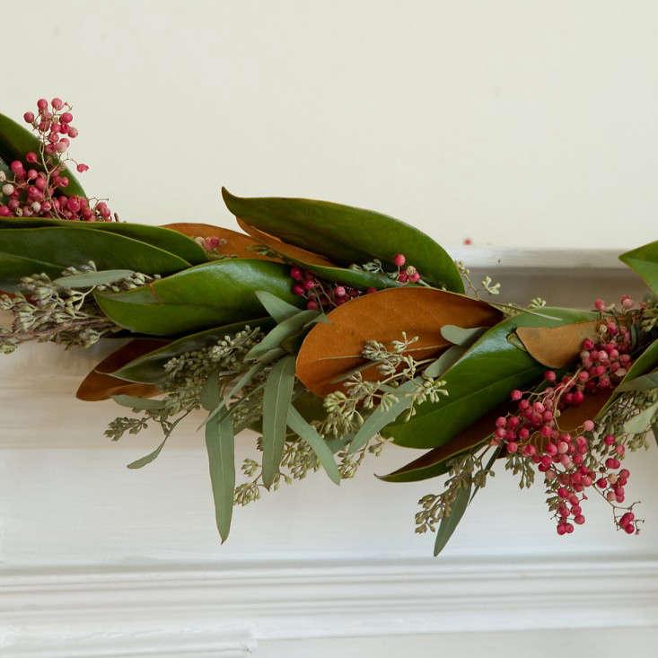 fresh-evergreen-magnolia-berry-garland-gardenista