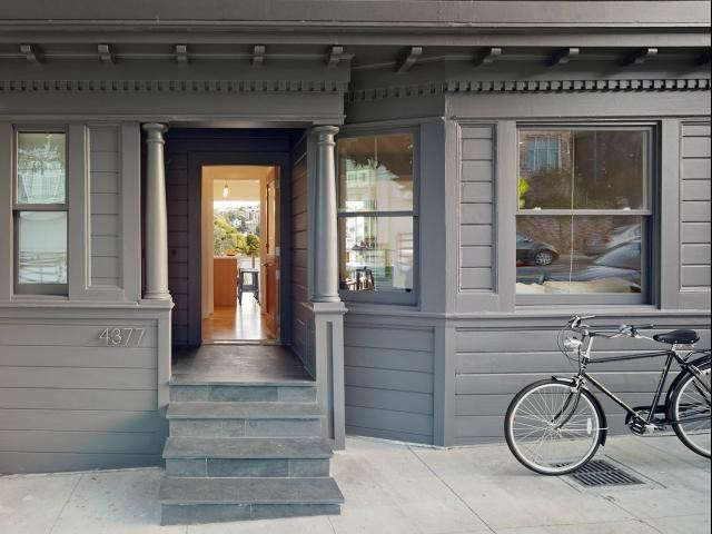 Does your house have this much curb appeal? If not, see loading=