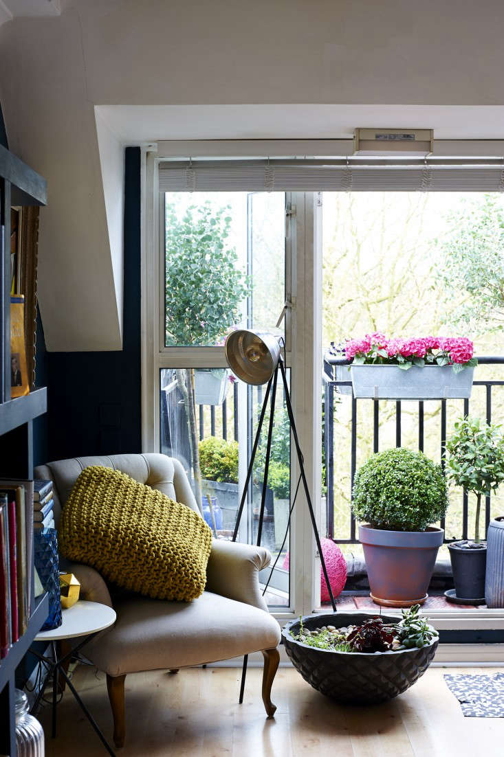 Ask the Expert: 12 Tips to Transform a Tiny Balcony into an