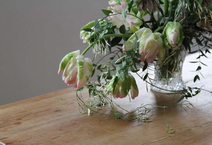 jamess-daughter-flowers-tulips-erin-boyle-gardenista