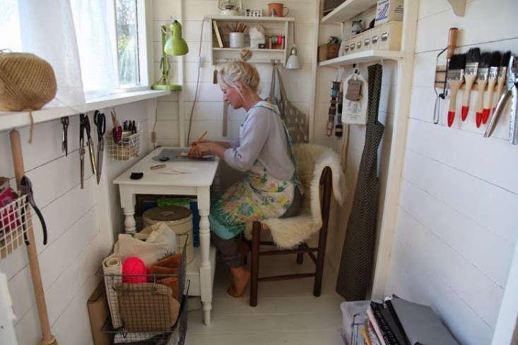 junkaholique-shed-1-artemis-russell-gardenista