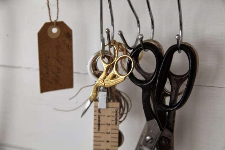 junkaholique-shed-6-artemis-russell-scissors-hooks-gardenista