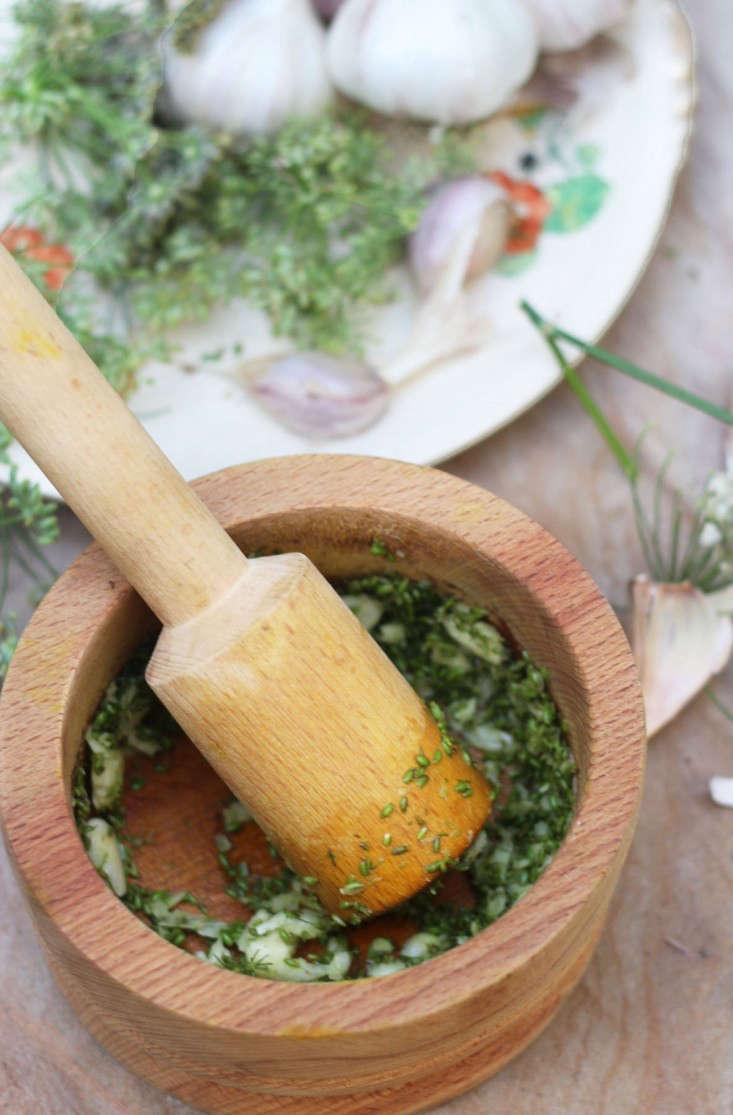 marie-viljoen-gardenista-fennelpaste1