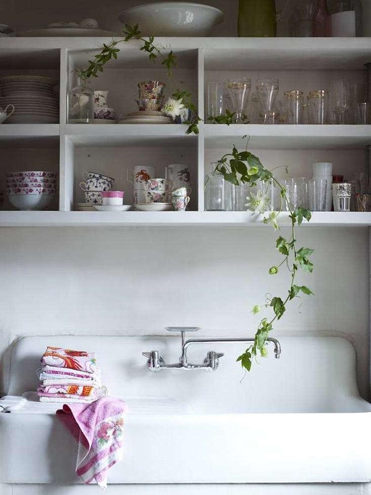 passion-flower-shelving-kitchen-gardenista