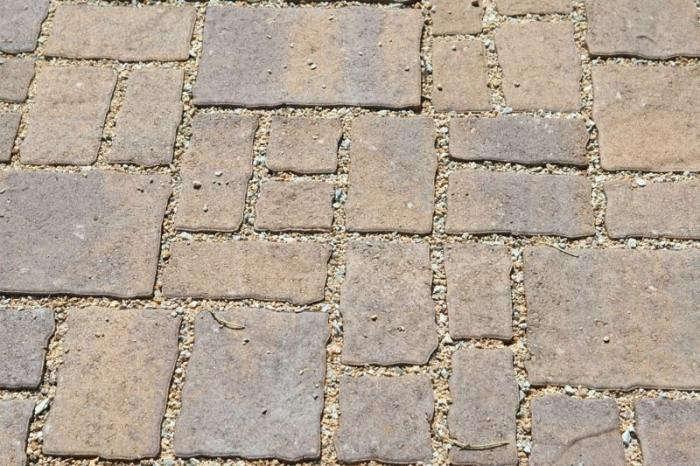 patio-pavers-permeable-walkway-gardenista