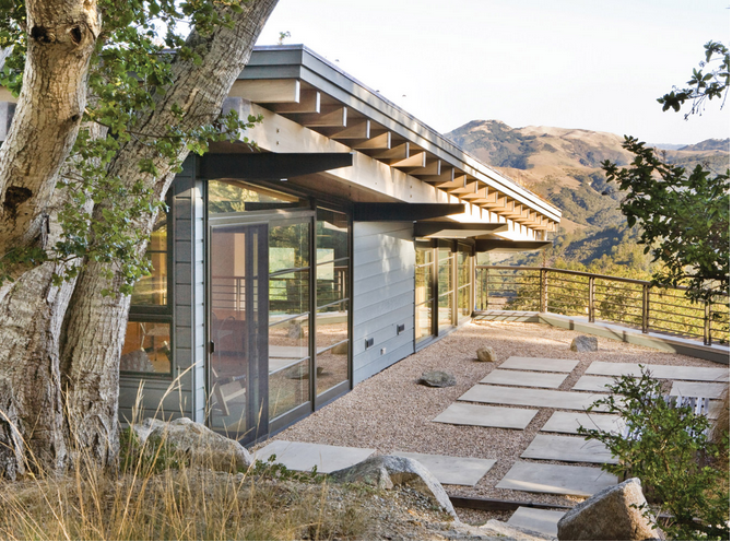 Sited on a steep slope in an oak forest in California, a pea gravel patio by RADD directory member Feldman Architecture aids drainage and prevents runoff. For more, see Garden Envy:  Dramatic Drainage Ideas to Steal. If runoff is a problem, lay a permeable pea gravel patio to filter rainwater.