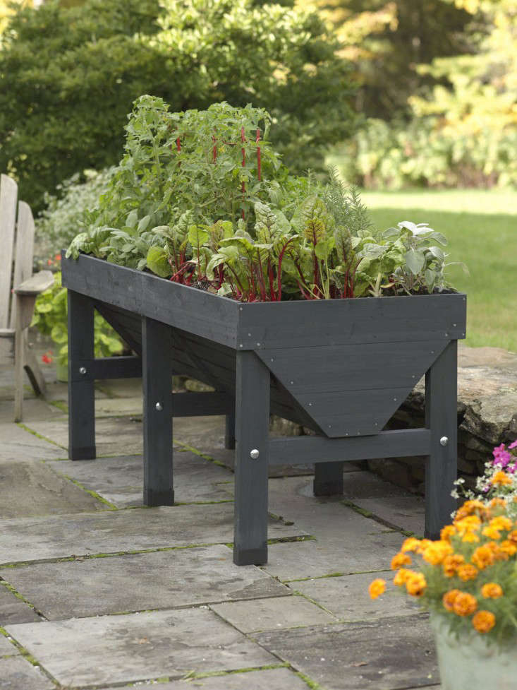 raised-bed-lanter-stained-charcoal-gray-gardenista