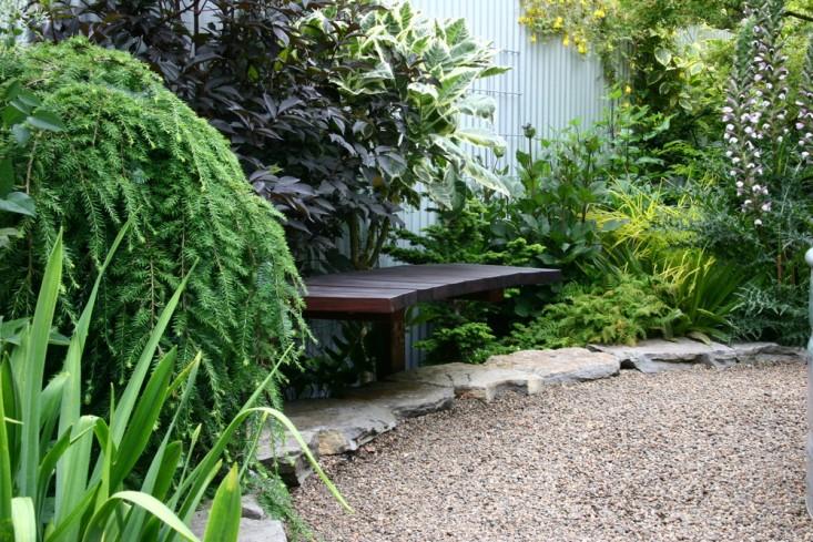 rehab-diary-eugene-oregon-garden-sone-wall-pea-gravel-garden-design-bench-stone-edging-gardenista