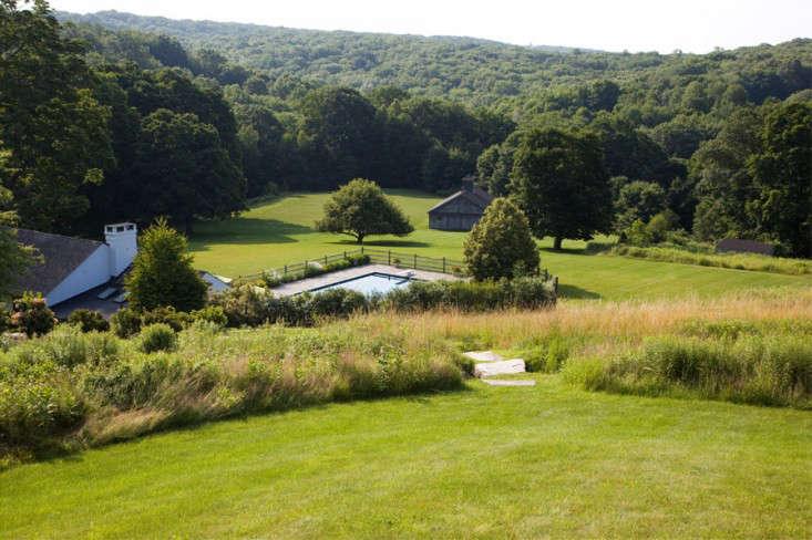 Architects Roundup 10 Contemporary Farmhouse Gardens Gardenista