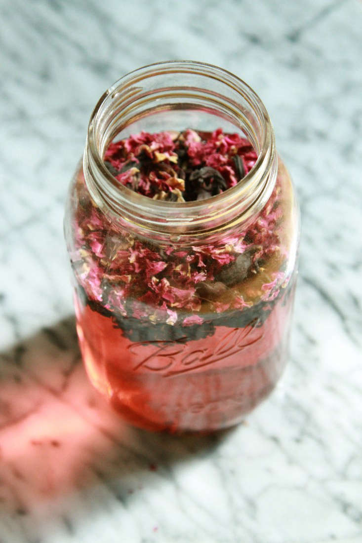 Dried hibiscus and rose petals make a ruby-colored sun tea.