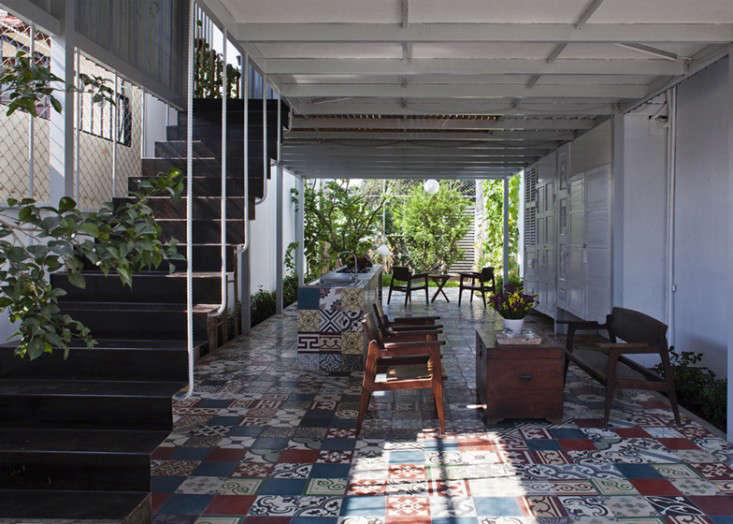 tiled-courtyard-garden-vietnam-a21studio-outdoor-patio-gardenista
